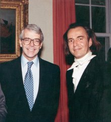 David Shilling with Prime Minister John Major